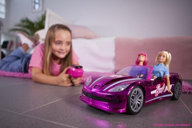 voiture télécommandée Barbie Car Dream Mondo
