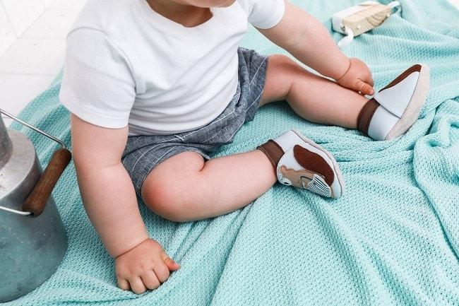 chaussons bébé pour l'hiver