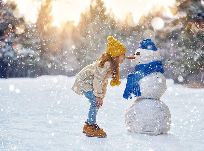 comment protéger les enfants du froid à la neige